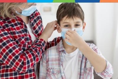 Cum îl convingi pe cel mic să poarte mască?